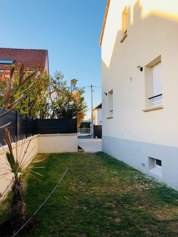 Sale house / villa Beauchamp 365000€ - Picture 9