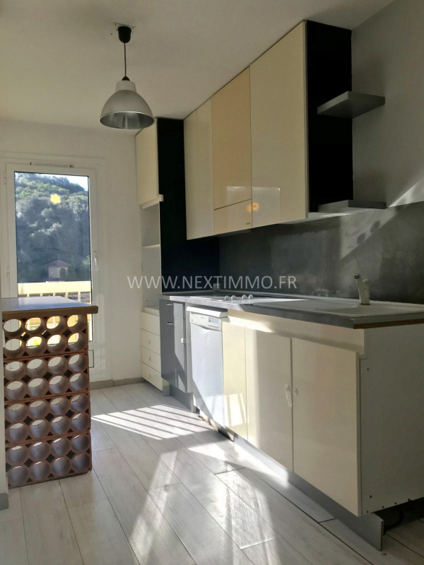 Location appartement Sainte-agnès 887€ CC - Photo 3
