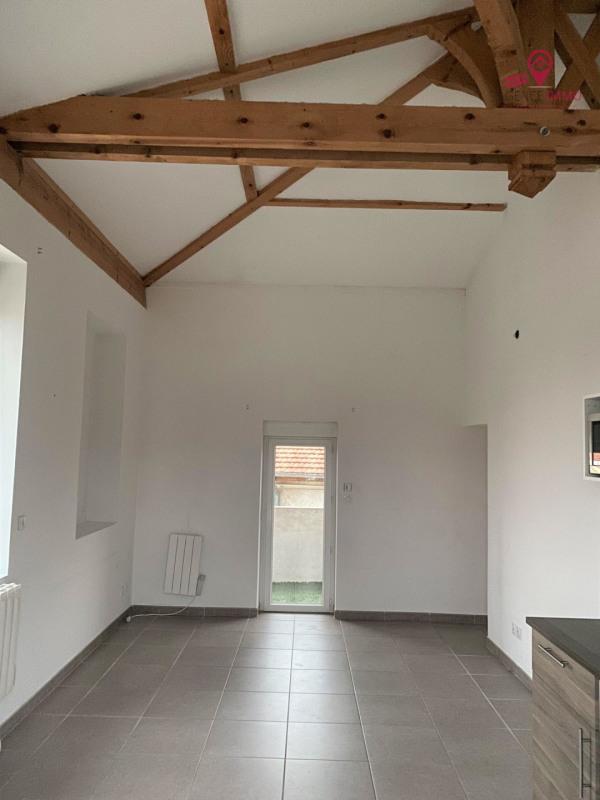 Location appartement Irigny 750€ CC - Photo 2
