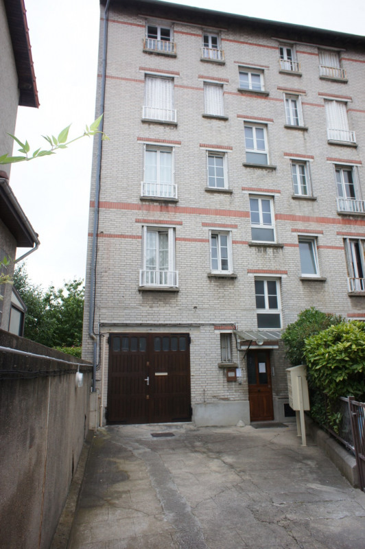 Location local commercial Clamart 1 248€ HT/HC - Photo 2