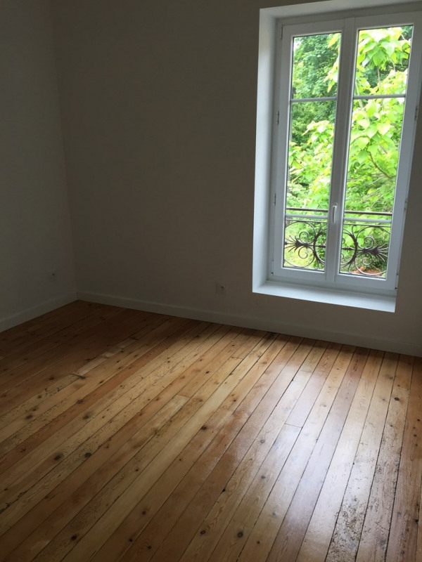 Location appartement Collonges au mont d'or 880€ CC - Photo 2