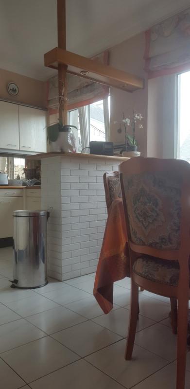 Sale apartment Quimper 164300€ - Picture 2
