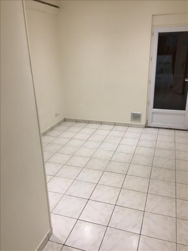 Location appartement Montfermeil 690€ CC - Photo 3