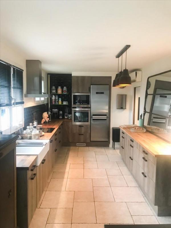Sale house / villa Montfort l amaury 472500€ - Picture 3
