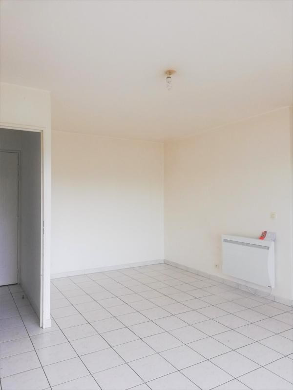 Location appartement Cergy 920€ CC - Photo 2
