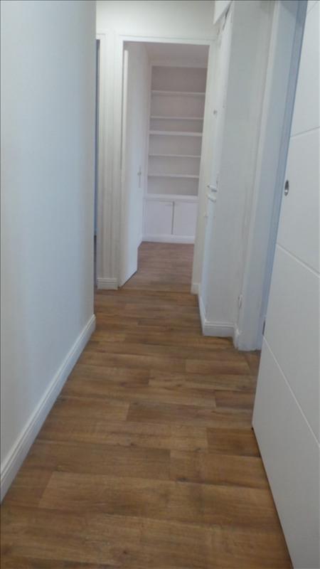 Location appartement Asnieres sur seine 990€ CC - Photo 8