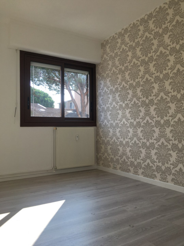 Location appartement Fréjus 760€ CC - Photo 7