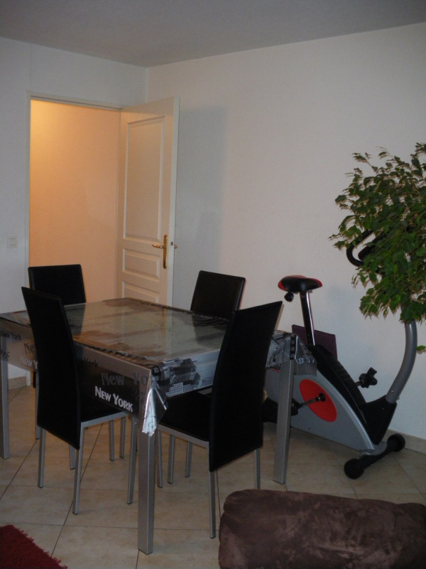 Rental apartment Saint-raphaël 890€ CC - Picture 3