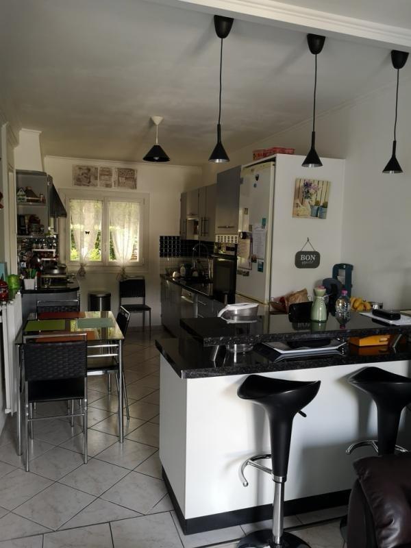 Vente maison / villa La queue en brie 299000€ - Photo 4