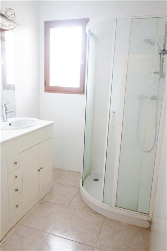 Sale house / villa La verpilliere 229900€ - Picture 6