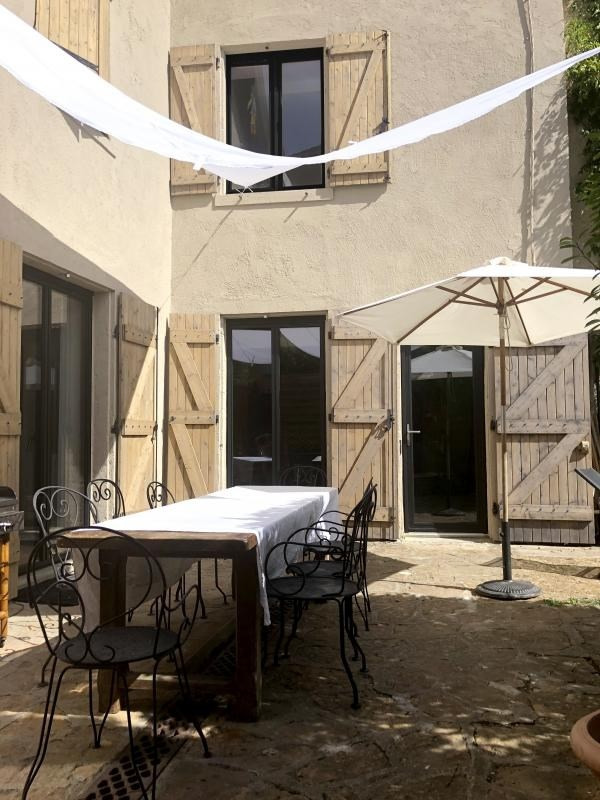 Sale house / villa Bully 485 000€ - Picture 1