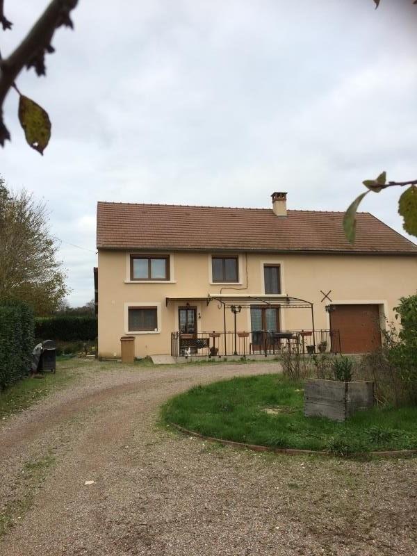 Sale house / villa Sens beaujeu 140000€ - Picture 2