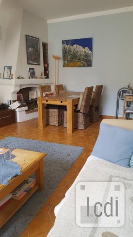Vente maison / villa Beaucaire 265 000€ - Photo 3