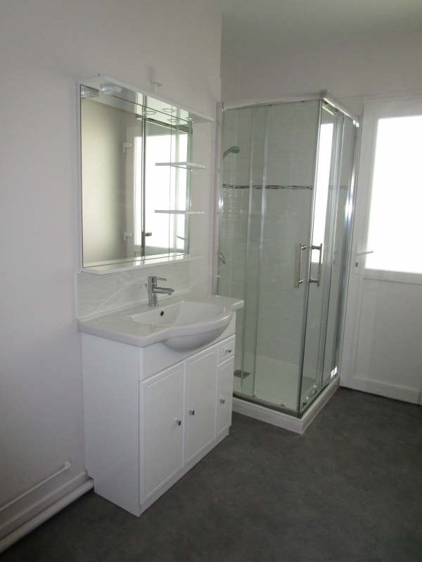 Rental apartment Carbon blanc 658€ CC - Picture 3