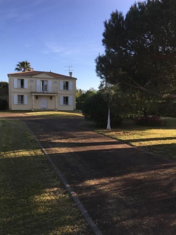 Sale house / villa Vertheuil 546000€ - Picture 1