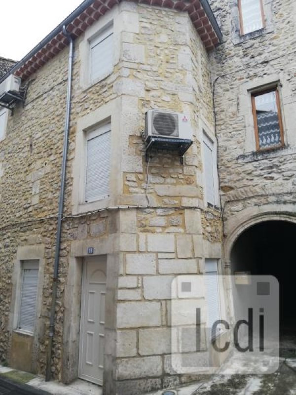 Vente maison / villa Bourg-saint-andéol 110 000€ - Photo 3