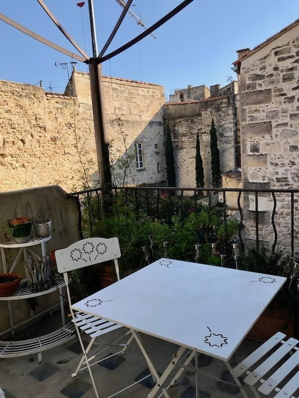 Sale apartment Arles 265 000€ - Picture 1