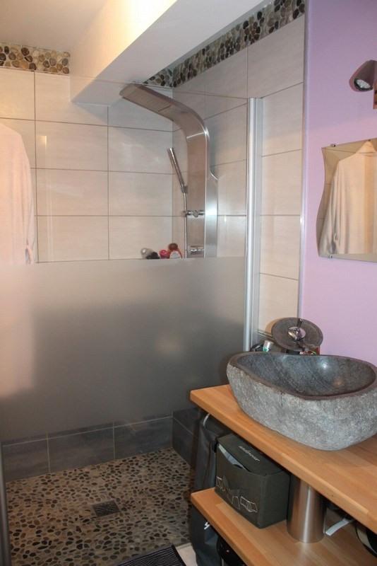 Sale house / villa Vesly 163500€ - Picture 2
