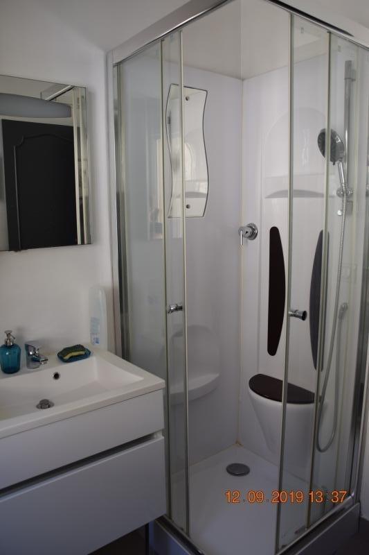 Location appartement Eguilles 670€ CC - Photo 7