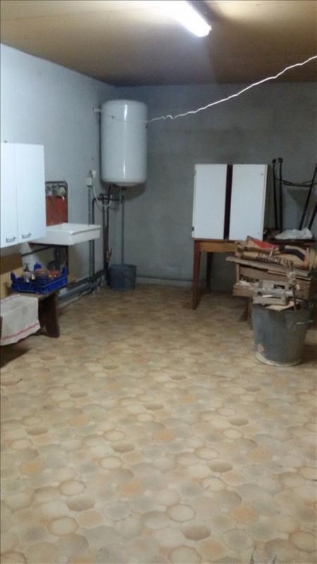 Sale house / villa Ygrande 43200€ - Picture 4