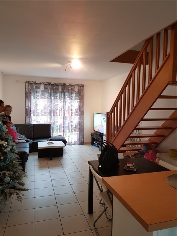 Location maison / villa Labastide st sernin 640€ CC - Photo 3