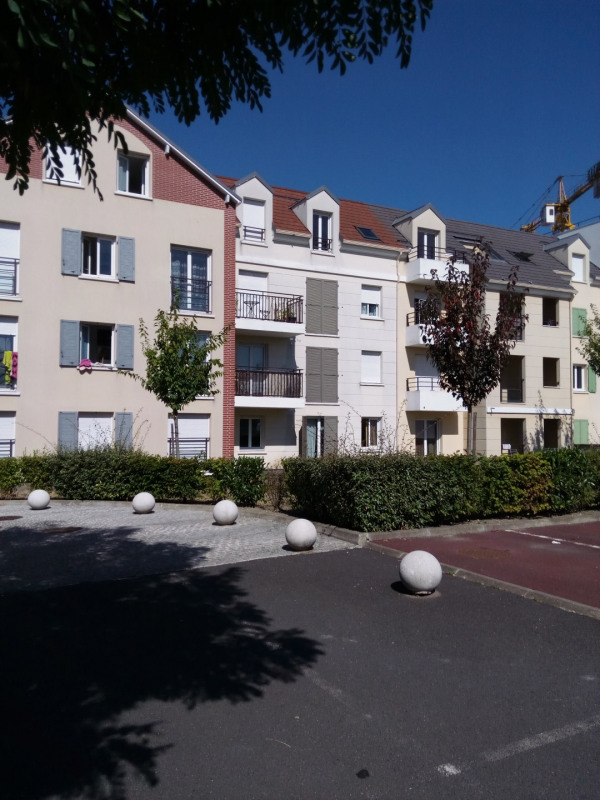 Location appartement Villiers-sur-marne 1 050€ CC - Photo 1