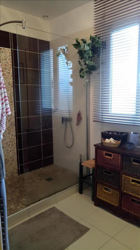 Sale house / villa Bourbon l archambault 264400€ - Picture 4