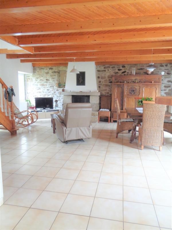 Sale house / villa Plouider 214 225€ - Picture 4