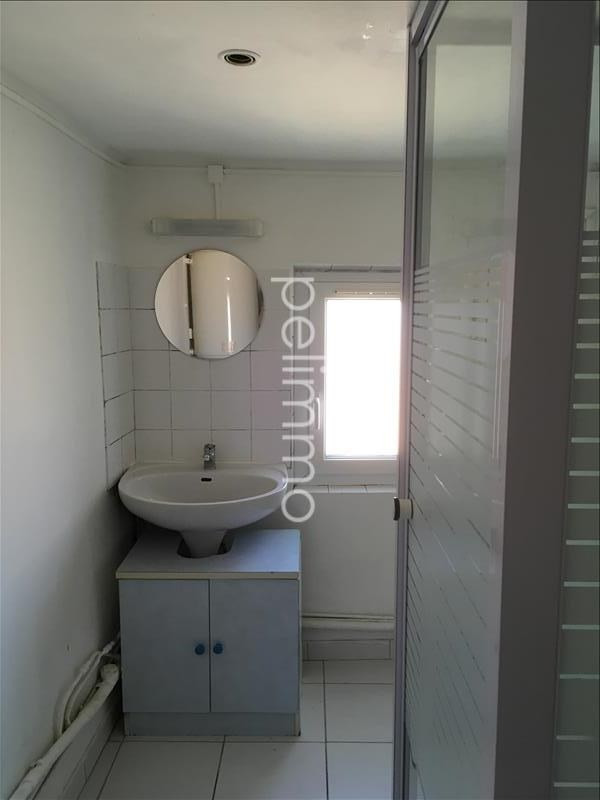 Rental apartment Pelissanne 539€ CC - Picture 5