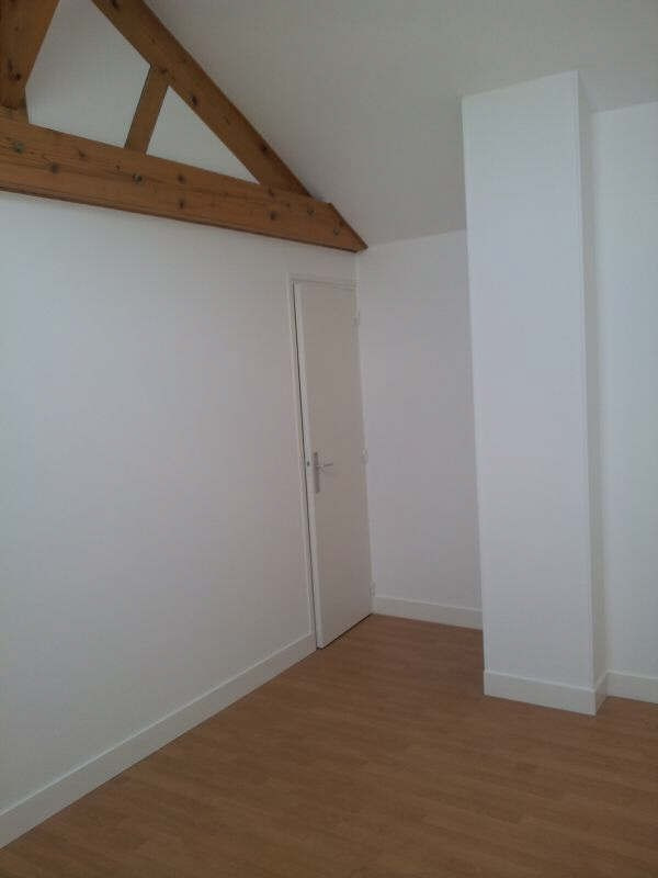 Rental apartment Claye souilly 890€ CC - Picture 2