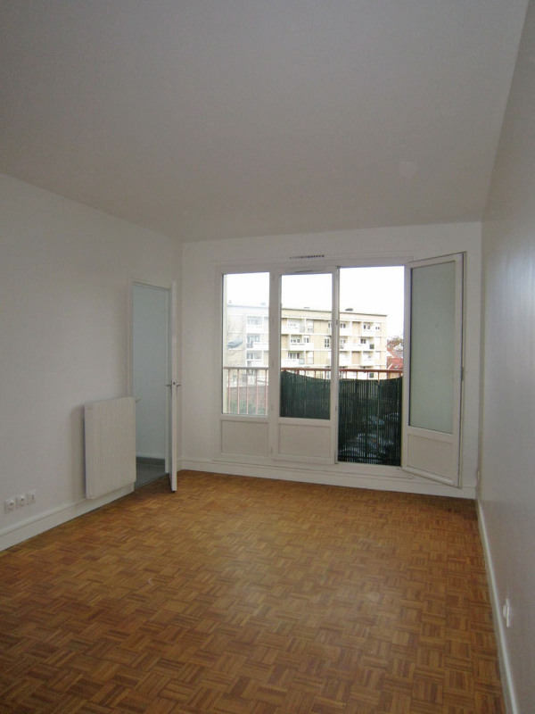 Rental apartment Stains 529€ CC - Picture 3