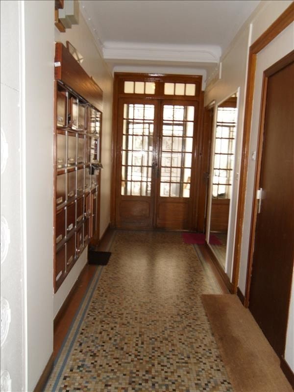 Location appartement Asnieres sur seine 860€ CC - Photo 1