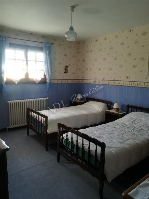 Sale house / villa Villers sous st leu 298000€ - Picture 7