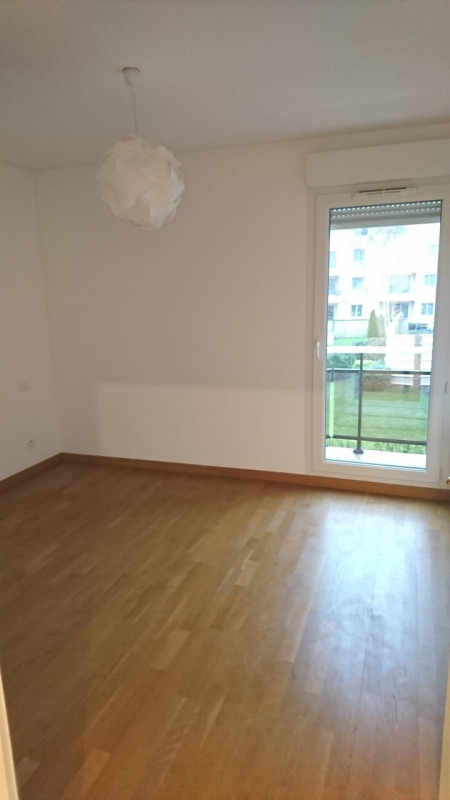 Rental apartment Rambouillet 740€ CC - Picture 4