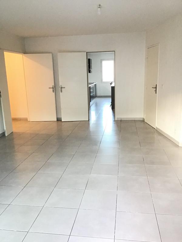 Location appartement Roquebrune-sur-argens 1030€ CC - Photo 4
