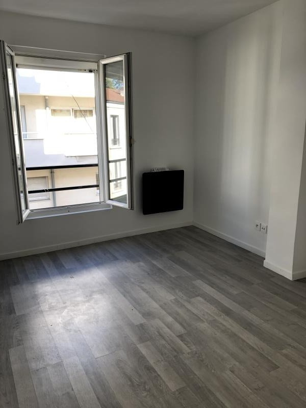Location appartement Malakoff 898€ CC - Photo 4