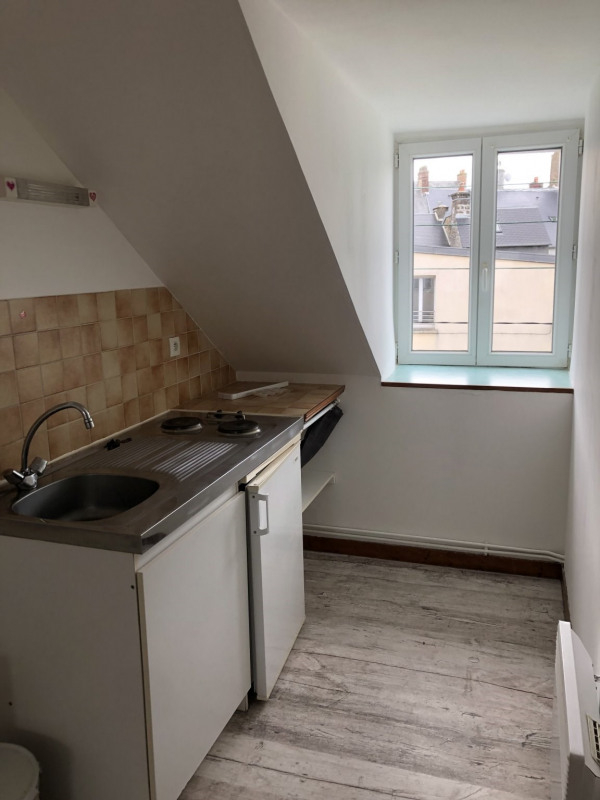 Location appartement Coutances 290€ +CH - Photo 2