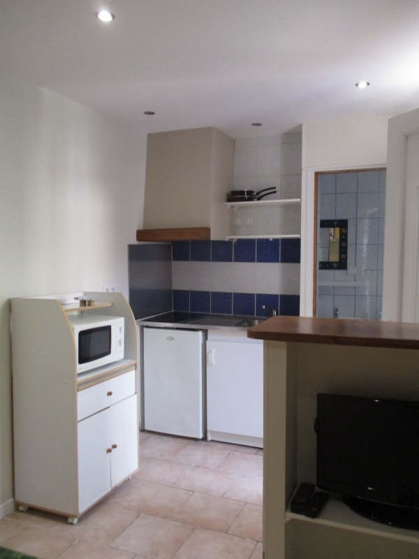 Location appartement Nimes 310€ CC - Photo 4