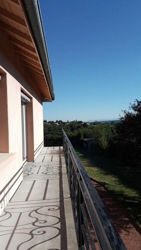 Sale house / villa La tour de salvagny 519000€ - Picture 2