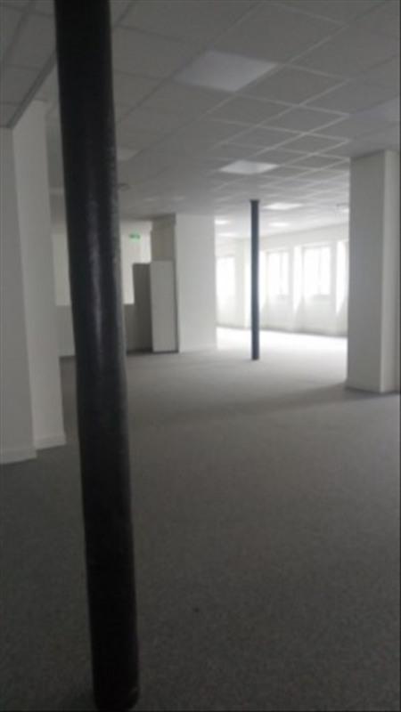 Rental empty room/storage Paris 18ème 3750€ HT/HC - Picture 3