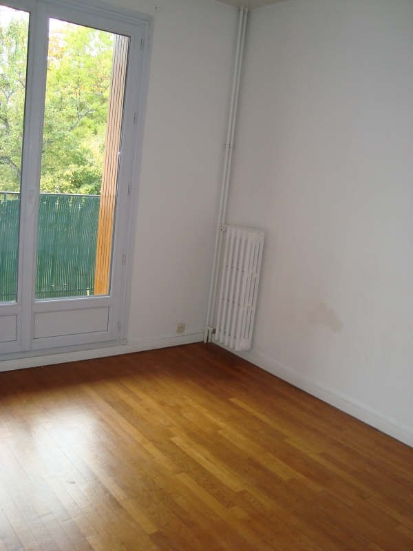 Rental apartment Marly le roi 906€ CC - Picture 4