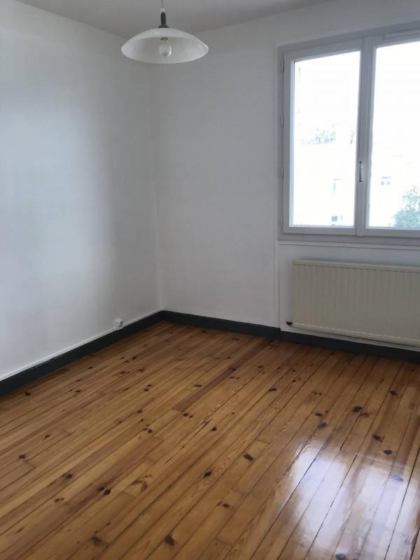 Vente appartement Saint-etienne 65000€ - Photo 2