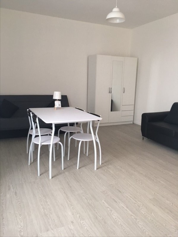 Location appartement Stains 675€ CC - Photo 2