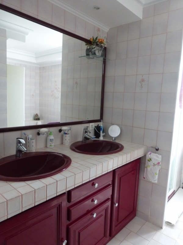 Vente maison / villa Roches premarie andille 269000€ - Photo 6