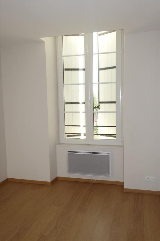 Locação apartamento Réalmont 470€ CC - Fotografia 5