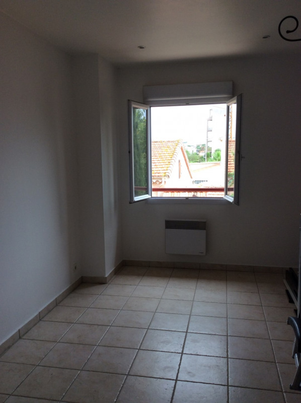 Location appartement Fréjus 995€ CC - Photo 7