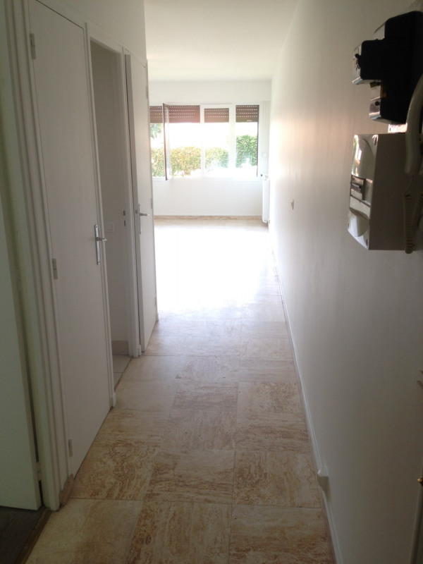 Rental apartment Montreuil 750€ CC - Picture 2