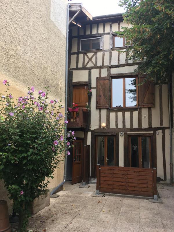 Sale apartment Châlons-en-champagne 105000€ - Picture 2