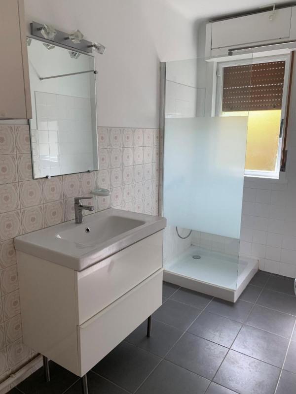 Location appartement Aix en provence 1021€ CC - Photo 4