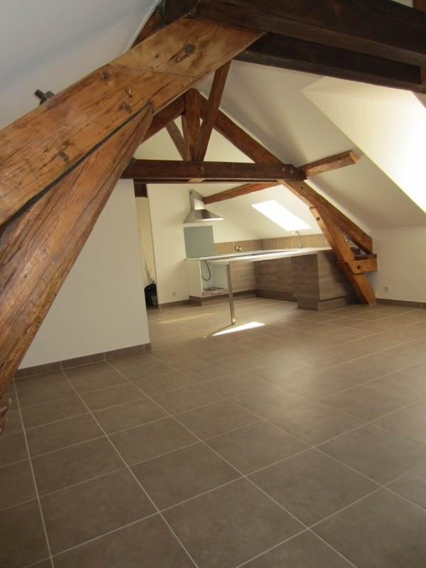 Rental apartment La roche-sur-foron 855€ CC - Picture 2
